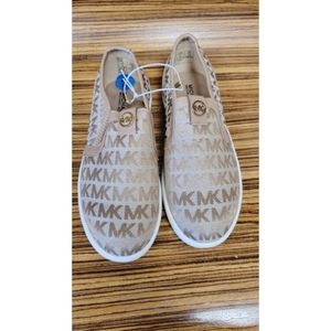 NEW Michael Kors youth sneakers, size 2